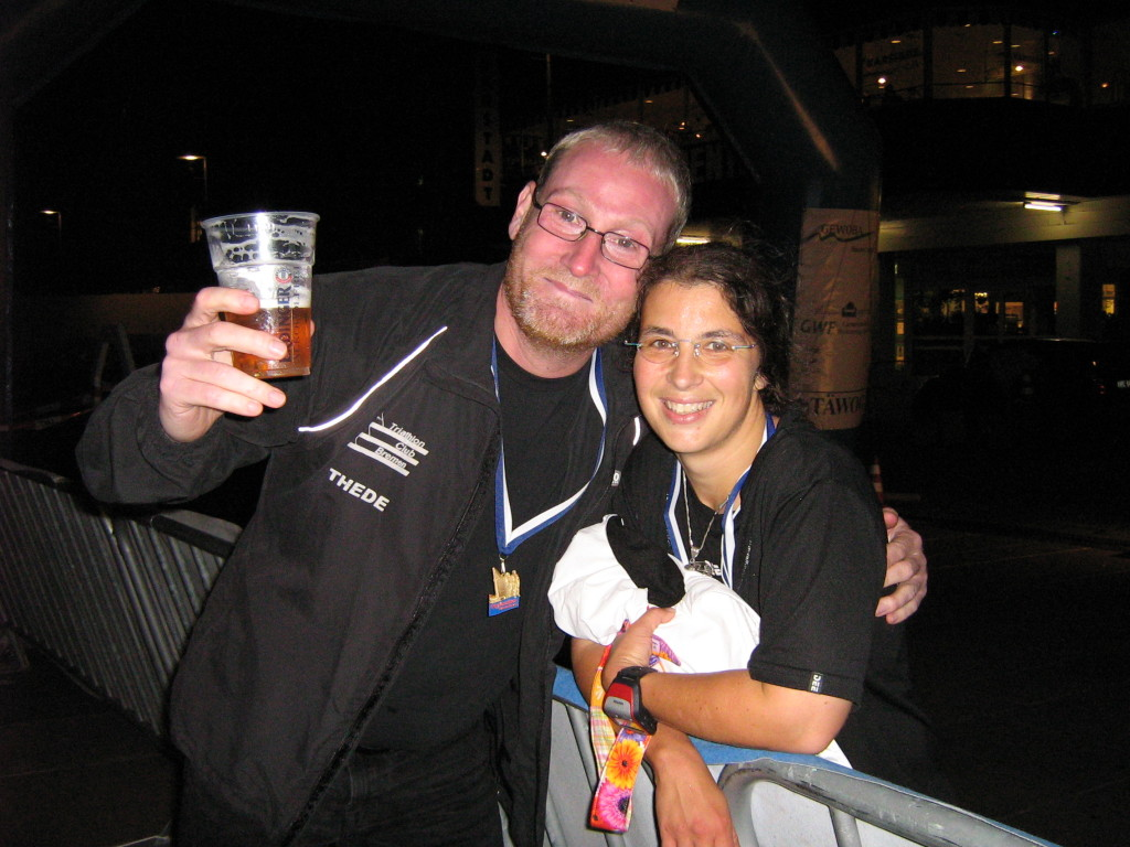 Kurz vor dem Mitternachtsbüfett - Bremerhaven-Marathon 2008